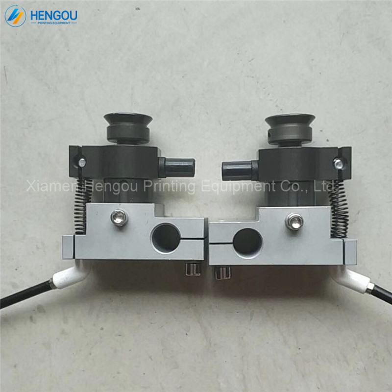 1 Pair High Quality Notebook Making Machine Forwarding Sucker1 Pair High Quality Notebook Making Machine Forwarding Sucker
