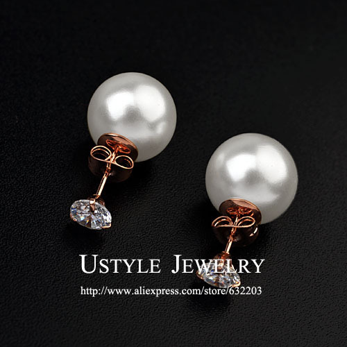 USTYLE 3 Prongs 0.75 Carat Cubic Zirconia and Pearl Double Sided Stud Earrings   Jewelry For Women