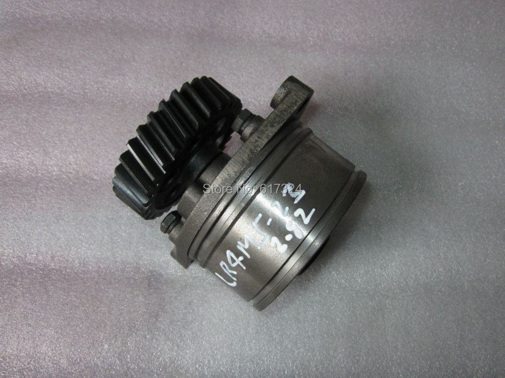 YTO LR4M5-23 engine spare parts, the oil pump assembly china yituo engine lr4m5 23 for yto tractor the high pressure fuel pump assembly