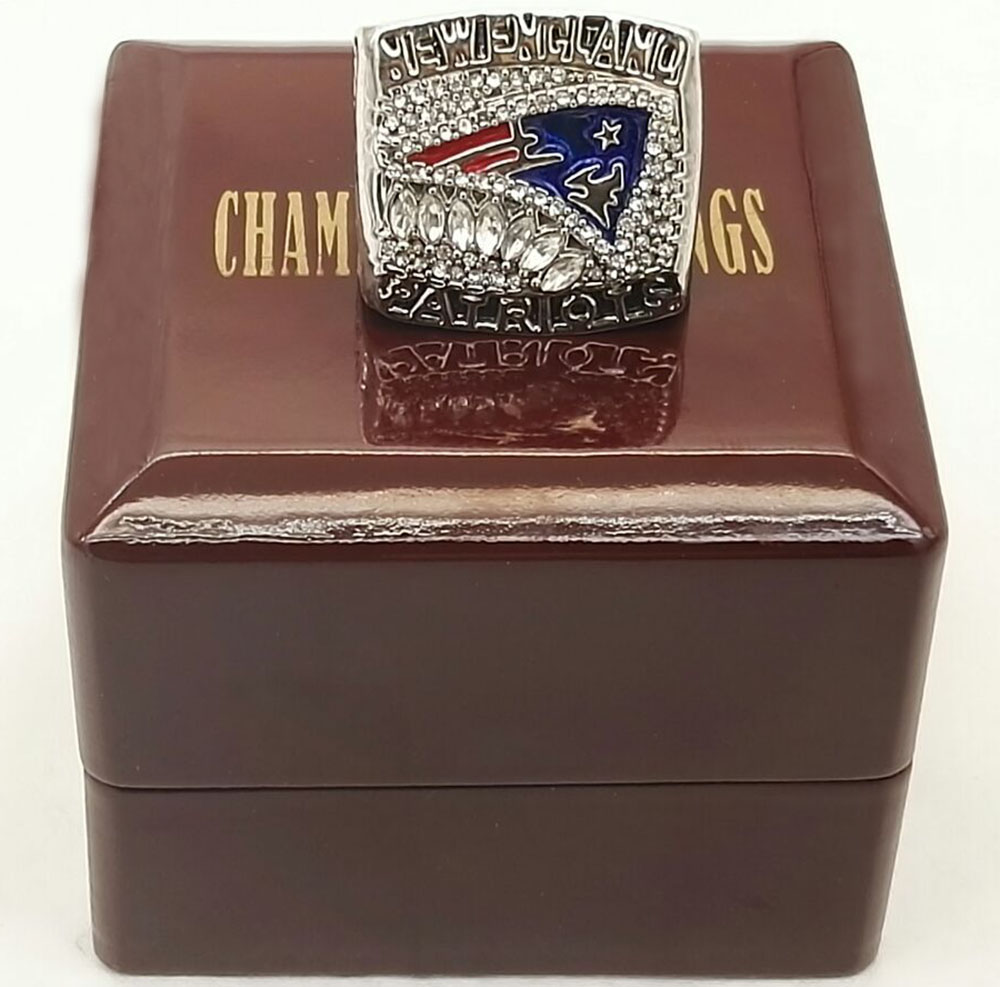 AFC 2011 New England Patriots Super Bowl Zinc Alloy silver plated Custom Sports Replica World Championship Ring With Wooden Box