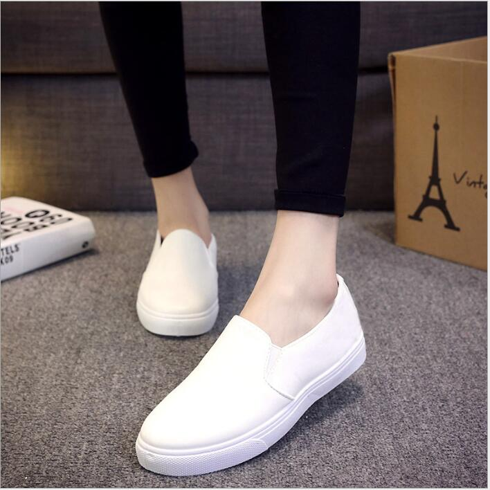a55ce76af46a Vogue of 2018 autumn popular women s shoe leather white shoes flat single  female leisure loafe -in Women s Flats from Shoes on Aliexpress.com