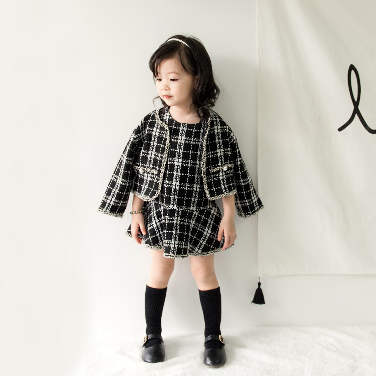 Anlencool 2018 Fashion Korean children autumn girl suit ladies wind suit for children checkered skirt Baby girl clothing set checkered fishtail hem skirt