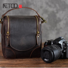 лучшая цена AETOO Crazy horse leather camera bag leather retro literary first layer leather shoulder slung men and women photography bag