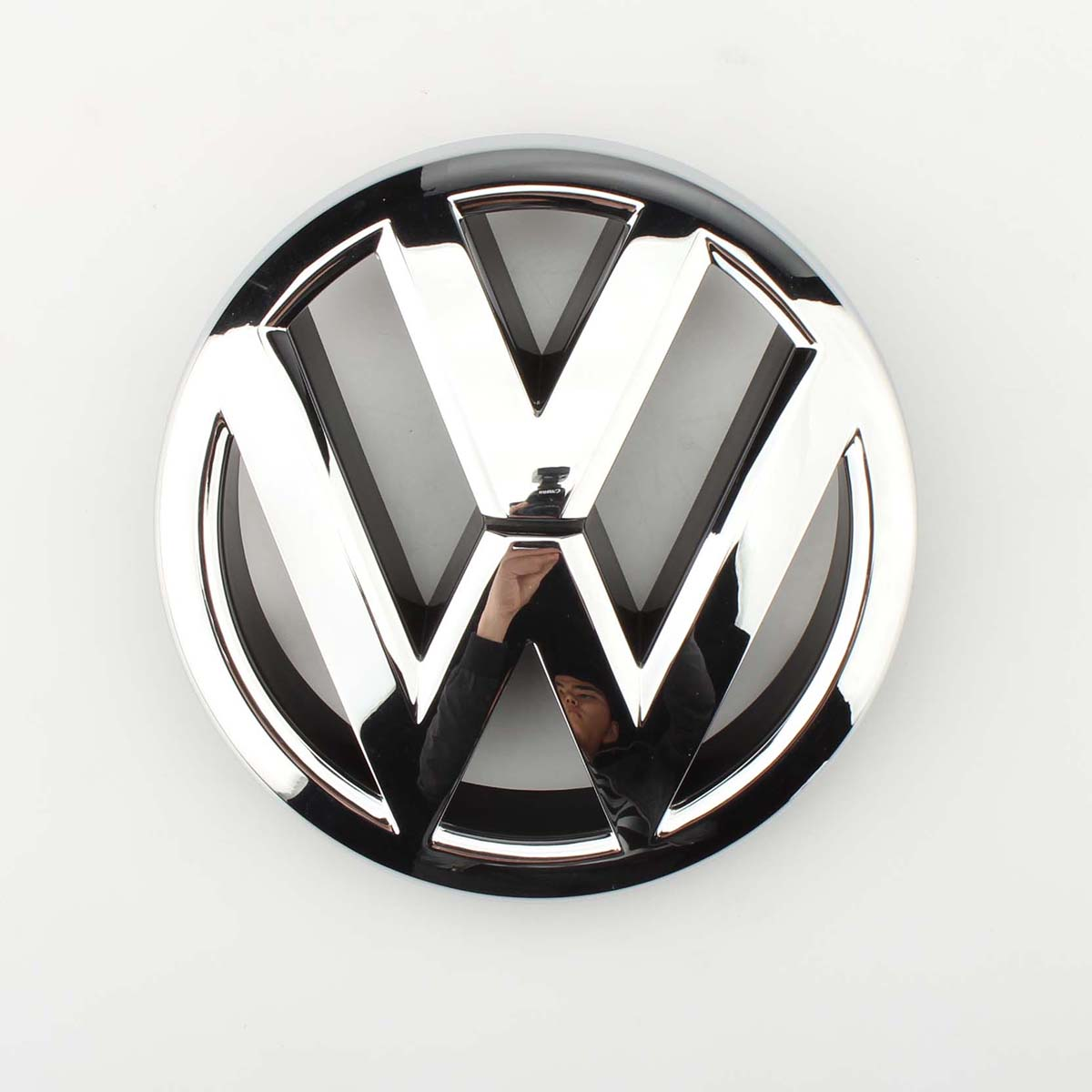 Car Auto VW Emblem Chrome OEM Front Grille Badge Sticker For Volkswagen Jetta MK6 Sedan 2011-2015 5C6853601ULM new auto car super bee for charger srt8 front grill grille emblem badge 02