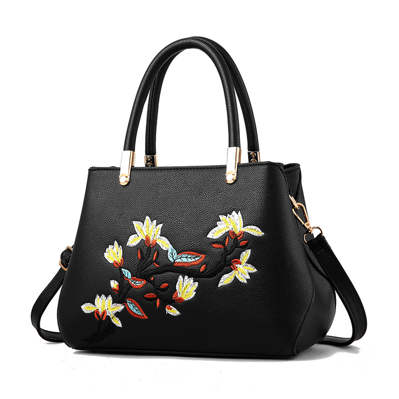Fashion ladies shoulder bag evening messenger bag 2018 new handbags zipper embroidered handbag floral hand bags plus size floral embroidered drop shoulder sweater
