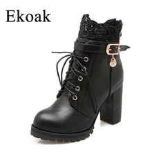 Ekoak Taille 34-43 Nouveau 2016 Mode D'hiver En Peluche En Cuir Bottes Femmes cheville Bottes Casual Boucle Lacent Zip Haute Talons Martin Bottes