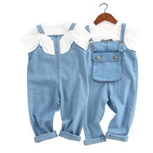 Jean kombinezony dla dzieci dziewczynka kombinezony z Angel Wings kieszeń Baby Boy kombinezony maluch spodnie dżinsowe kombinezony jeansowe dla dzieci tanie tanio COTTON Unisex Przycisk fly Cartoon Luźne XP105 Pasuje prawda na wymiar weź swój normalny rozmiar blue 2-8year boys jeans