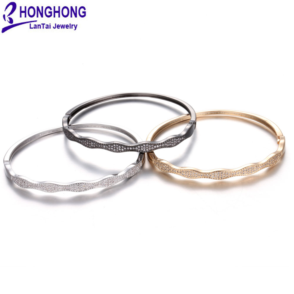 HONGHONG 2018 High Quality Cubic zirconia Bangles For Women Occident Style 4 Color Bracelet&Bangles personality Fashion Jewelry