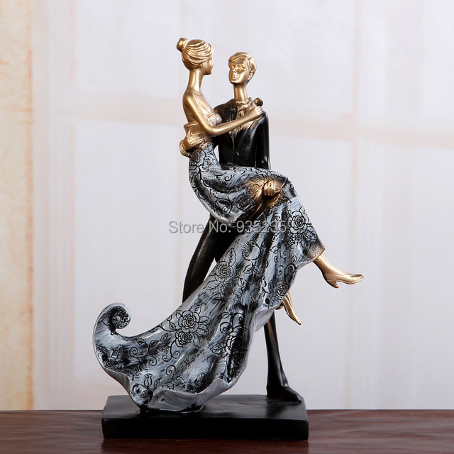 Resin Creative Crafts Gifts European Romantic Couple Figure Ornaments Home Wedding Marriage Room