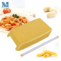 1 PC nuevo creativo macarrones fabricante DIY macarrones molde para espagueti Pasta hacer cocina Manual herramientas de Pasta