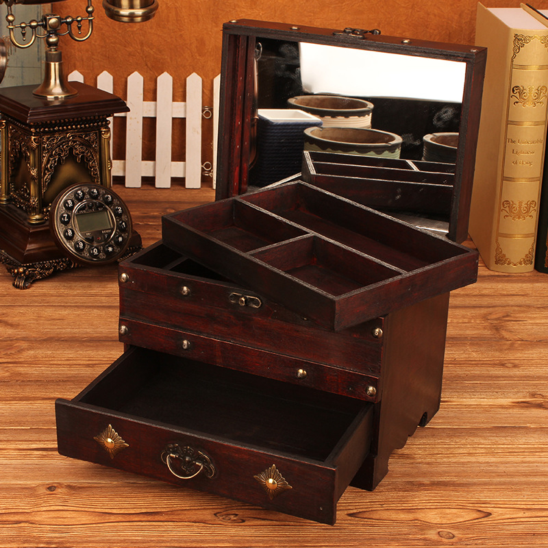 Vintage large wooden jewelry box with lock pattern Toilet case Desktop finishing box storage box princess storage box woodenVintage large wooden jewelry box with lock pattern Toilet case Desktop finishing box storage box princess storage box wooden