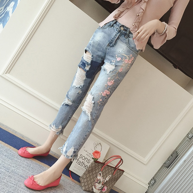 2017 Fashion Summer Korean Version Ripped Hole Jeans Women Trousers  Ankle-length Loose Casual Slim Harem Denim Female Pants summer ripped hole jeans ankle length pants women high waist loose vintage harem denim pants plus size casual blue jeans female