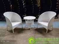 و الكراسي والطاولات. الأبيض الروطان كرسي ثلاثة قطعة الشاي الجدول. الأثاث. ، الحديد المطاوع
