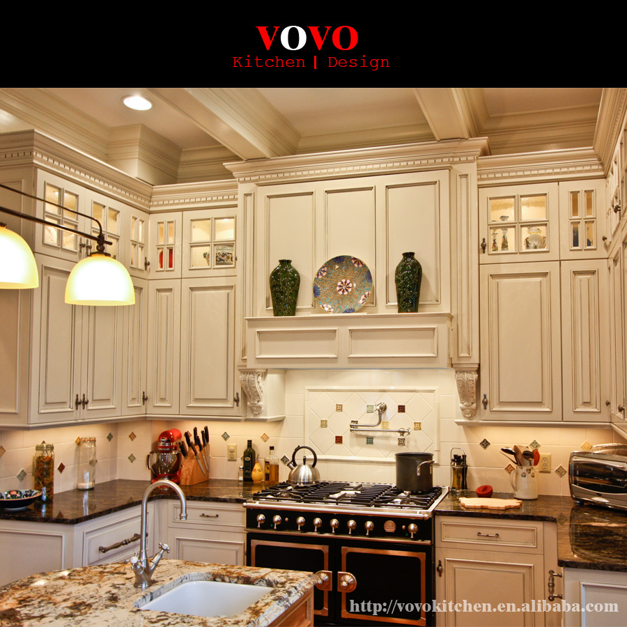 Canada White Wood Kitchen Cabinets With Crown Molding Upto Ceiling