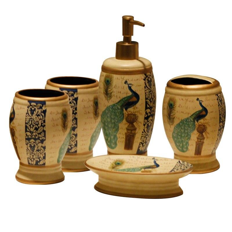 Style américain paon motif céramique salle de bain cinq set tasse + lotion bouteille + porte-brosse à dents + porte-savon décoration de la maison