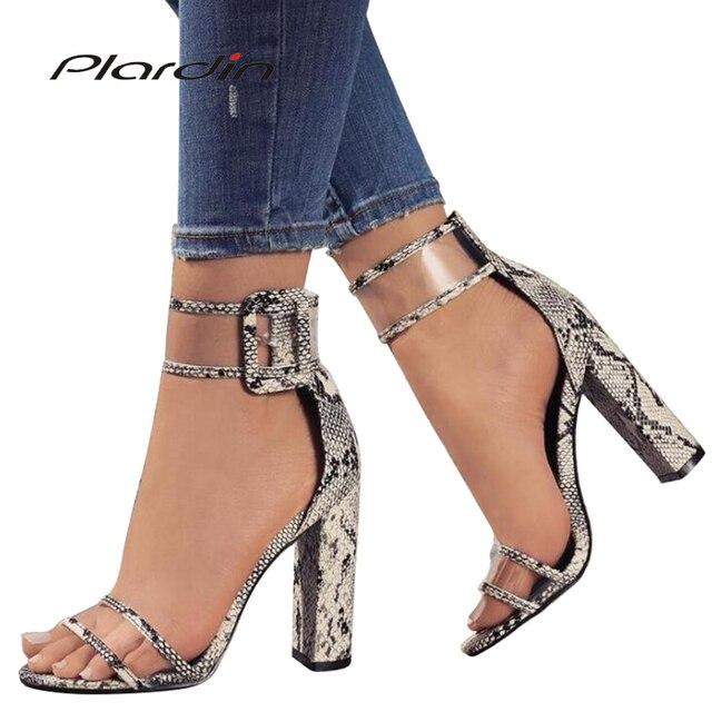 Plardin 2019 Mùa Hè Cộng Với Kích Thước Phong Cách Hot Ở Châu Âu Và Các siêu-cao Rỗng Ra Dày Với Sandal Dây Đeo phụ Nữ la mã Giày Phụ Nữ