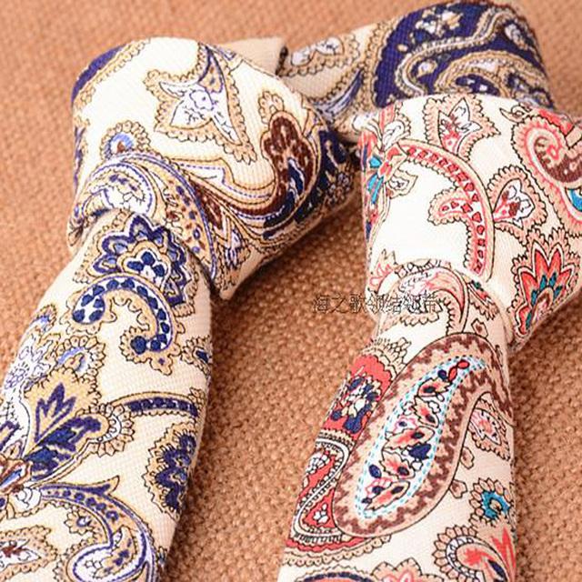 Azul Paisley Laços para Homens Homens de Algodão Fino Do Vintage Laço vermelho Designer de Gravata Gravata Estreita Skinny Ties 5 cm Floral de Linho Verão estilo