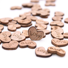 100Pcs/pack Heart Shape Wood Slices Rustic Wooden Love Confetti Crafts for Wedding Party Ornaments Table Scatter Decor Supplies