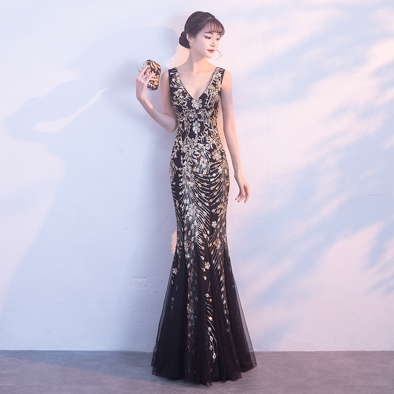 Sleeveless Sexy V Neck Cheongsam Female Gold Sequins Mermaid Qipao Oriental Women Evening Party Dress Slim