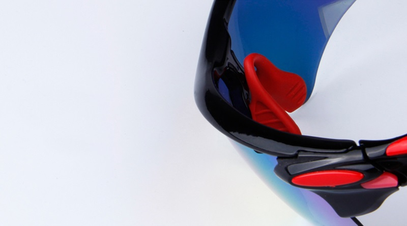 snowboarding goggles (1)