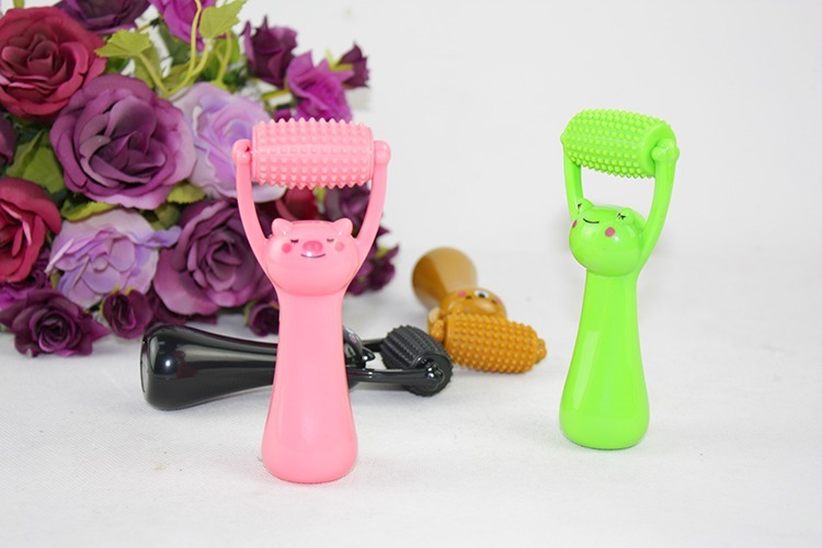 Cute Face Roller Massage Facial Body Arm Waist Foot Acupoint Massager Rolling Brush Cartoon Shape Health Care Tool Stress Relax hand massager ball roller finger rolling massage floating point acupoint blood circulation fitness health care stress relax