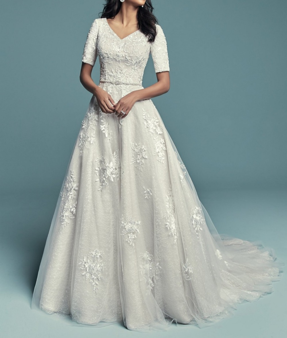 Wedding Gowns 2019 With Sleeves: 2019 New Vintage Lace Long Modest Wedding Dresses With