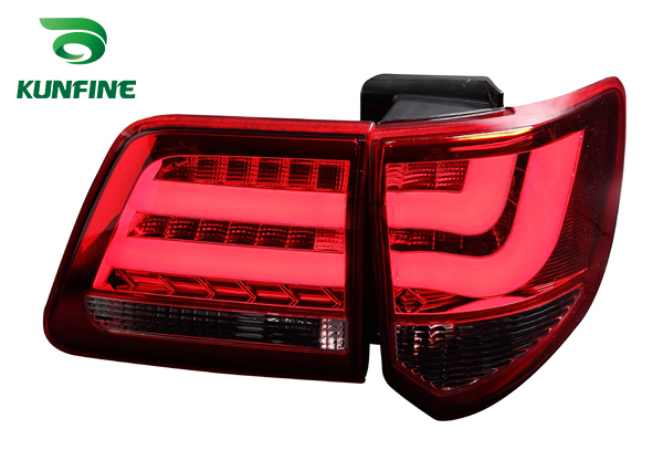 Pair Of Car Tail Light Assembly For TOYOTA FORTUNER 2012-UP LED Brake Light With Turning Signal Light yatour car adapter aux mp3 sd usb music cd changer 6 6pin connector for toyota corolla fj crusier fortuner hiace radios