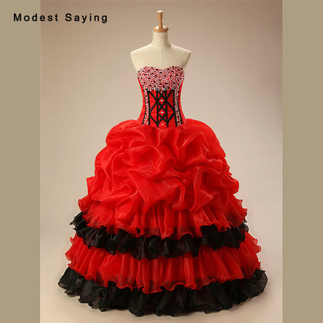 Luxury Red and Black Ball Gown Sweetheart Quinceanera Dresses 2017 with Ruffled  Skirt for Christmas Prom Gowns sweet 16 dresses 9b098fa1db1a