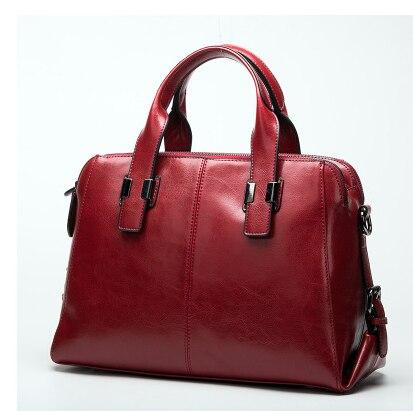 цена Real Cow Leather Ladies HandBags Women Genuine Leather bags Totes Messenger Bags Hign Quality Designer Luxury Brand Bag C059 онлайн в 2017 году
