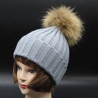 الشتاء الأطفال سوبر لطيف كبير بوم بوم ديكور محبوك قبعة 15 سنتيمتر حقيقية الراكون الفراء بوم بوم متعدد الألوان قبعة للأطفال الصغار حجم