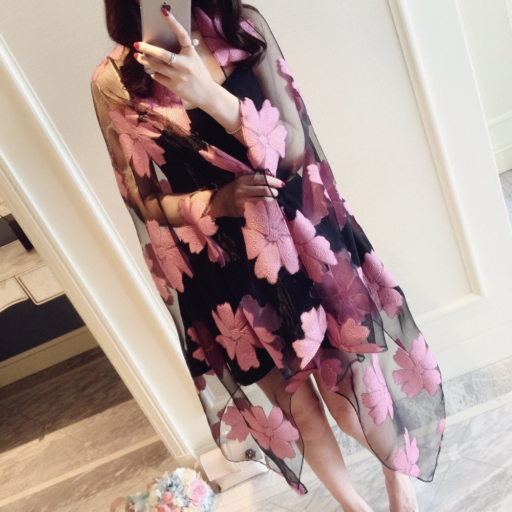 The Spring And Summer Apparel Accessories Silk Scarf Woman Eugen Cut Yarn Scarf Sandy Beach Sunscreen Joker Lace Leaf Wholesale Supplies 0304 A Great Variety Of Models