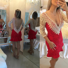 Sexy Tiefem V-ausschnitt Backless Red Short Prom Dresses Drei Viertel Sleeve Perlen Friesen Prom Kleider Mode Rosa Spitze Cocktailkleid