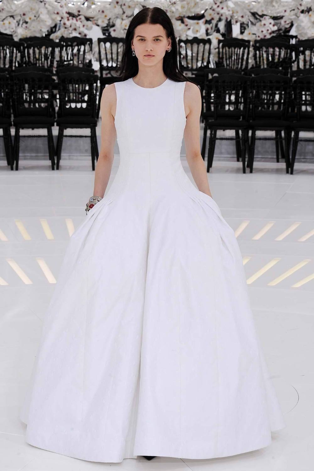 a8422b9bee White Ball Gown Graduation Gowns Semi Formal Dresses Scoop Neck Sleeveless  With Pockets Floor Length Vestido ...