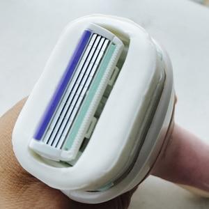 Image 5 - Schick Intuition Juego de 4 cuchillas de afeitar para mujer, cuidado sensible natural y manteca de karité, brazo, cara, axilas, Bikini