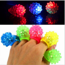 High quality 5 PIECE strawberry soft silicone ring flash fluorescent lamp LED finger