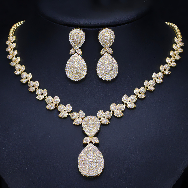 Dubai Gold Necklace and Earrings Jewelry Sets For Women Round Wedding Jewelery Set Bridal a suit of gorgeous hollow out round necklace and earrings for women