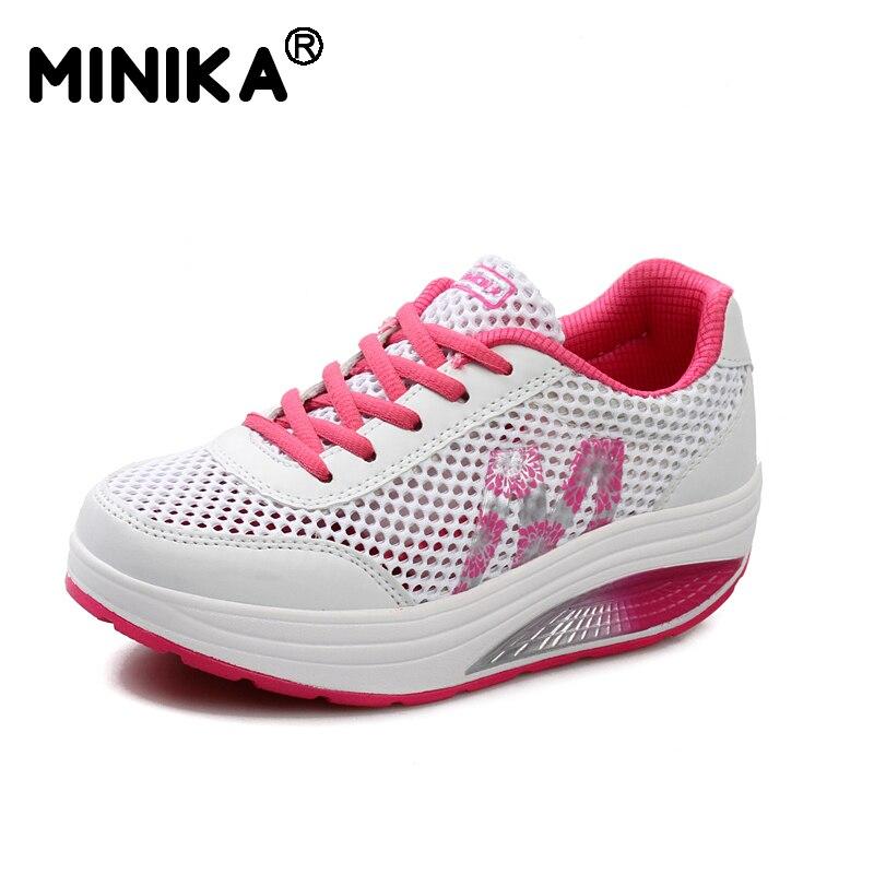 3ee4bed59 Minika Respirável Tênis de Malha Sapatos Da Moda Apartamentos Mulheres  Sapatos Casuais Verão Altura Crescente Cunhas