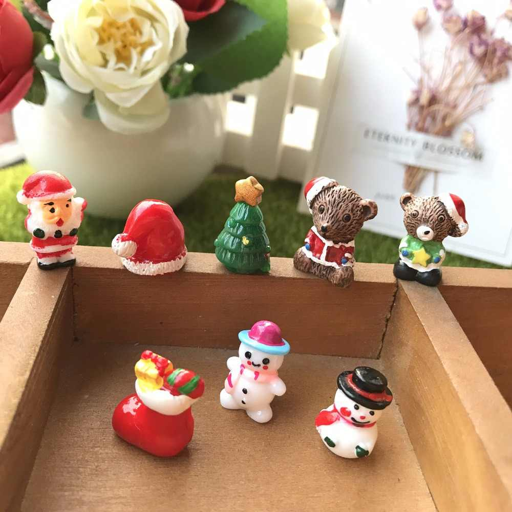 mix10pcs Resin Christmas Bear/Snow Trees/Santa Claus Anime Figures Miniature/Fairy Garden Figurine Dolls House Kids Toys DIY