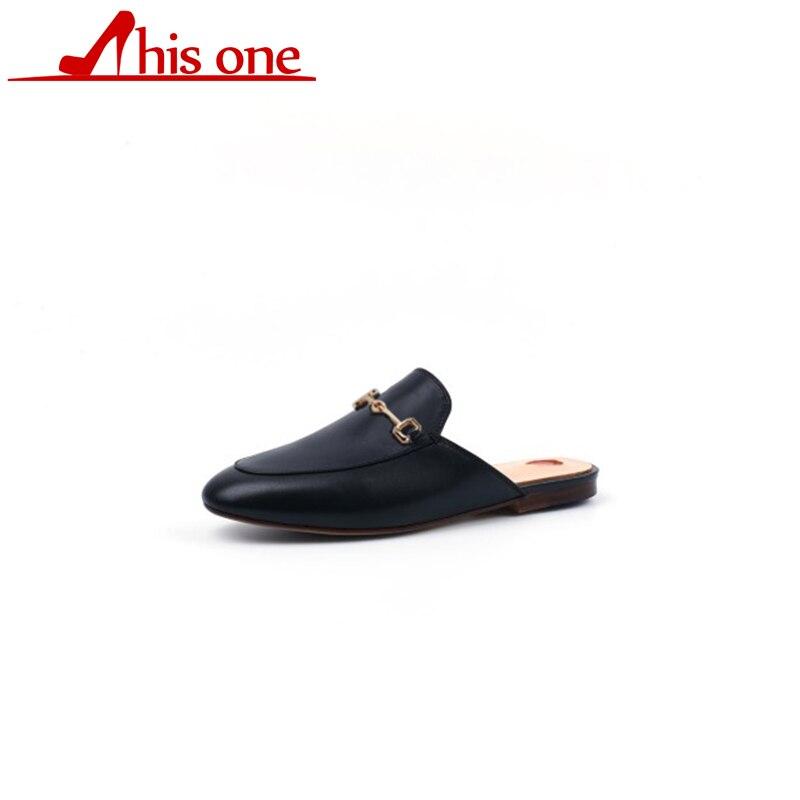 Tacco basso Pantofole Donne del Cuoio Genuino Personalizzato di ricambio in metallo catena Del Ricamo della decorazione di Velluto Oro Chiuso Le Dita dei Piedi Scarpe