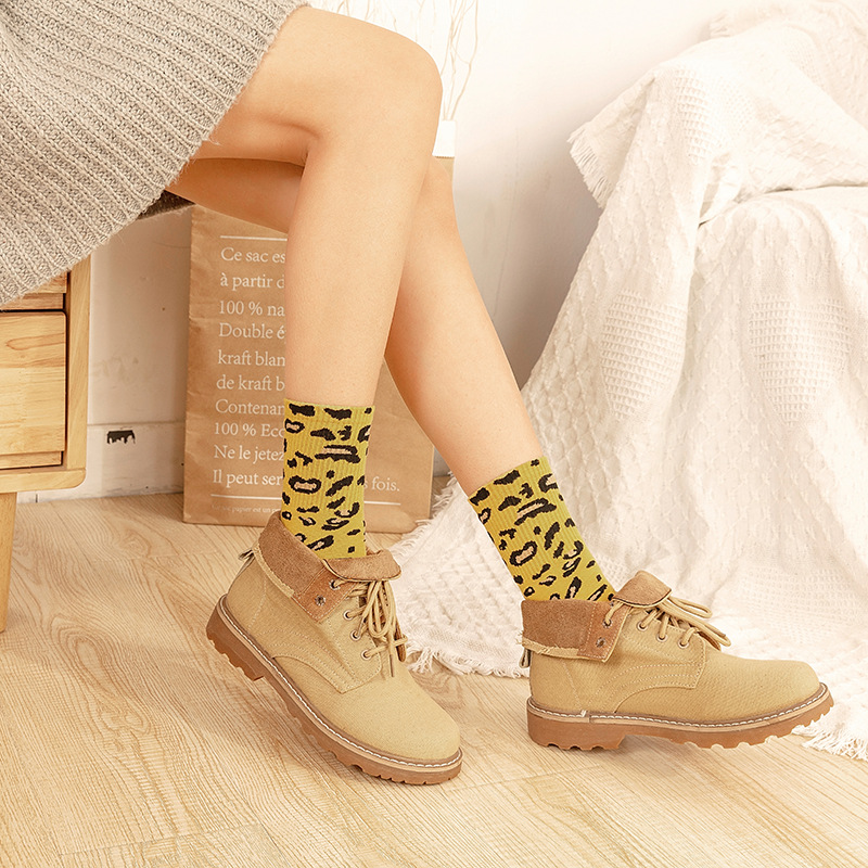 2019 creative new fashion cotton tube socks womens personality retro leopard tide spring and autumn
