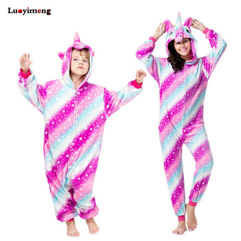 2c25eb4cb7 Kigurumi niños las mujeres unicornio pijama Unisex parejas una pieza de  dibujos animados traje Cosplay Animal Onesie adulto pijama niñas ropa de  dormir