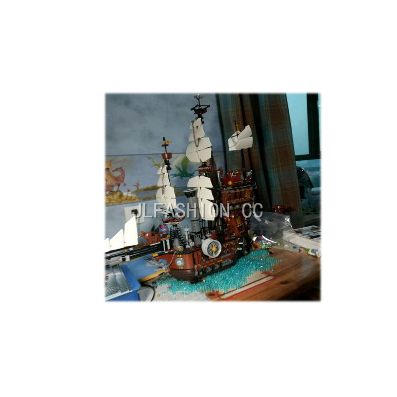 New brocks 16002 Pirate Ship Metal Beard's Sea Cow Model Building Kits Mini  Compatible With 70810 Toys lepin lepin 16002 pirate ship metal beard s sea cow model building kit block 2791pcs bricks compatible with legoe caribbean 70810