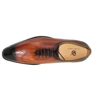 Image 3 - ของแท้หนังผู้ชายรองเท้าสำนักงานธุรกิจงานแต่งงานผสมสีหรูหราอย่างเป็นทางการ Brogue ชี้ Toe Oxfords รองเท้าบุรุษ