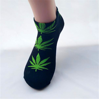 Hot sale! men socks cotton Spring Summer and Autumn men's brand Weed Sock Colorful male short socks 1