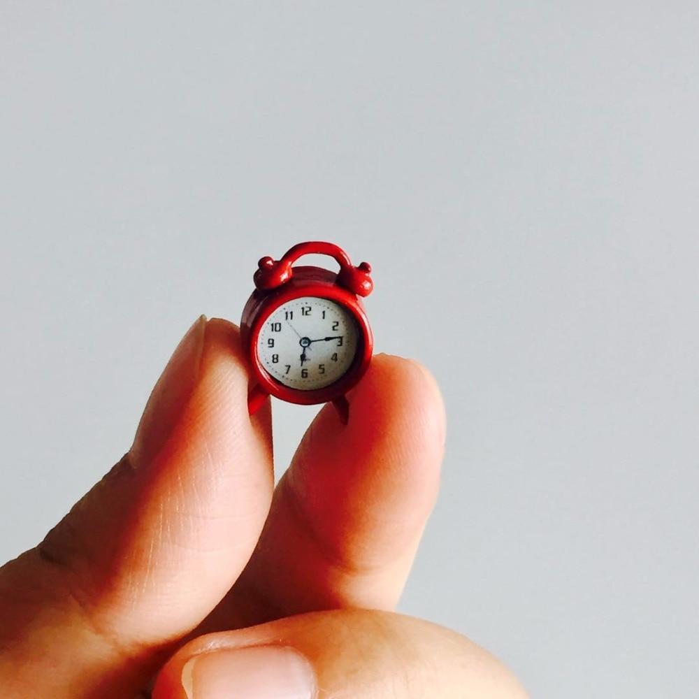 Dollhouse Miniature Model Mini Alarm Clock 1//12 Dollhouse Living Room Decor PVCA