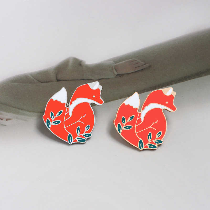 Oro argento Cute Animal Red Fox Distintivi e Simboli Brooch Dello Smalto Spilli Pulsante Icona Giubbotti jeans Risvolto Spille Spille gioielli per i bambini amici