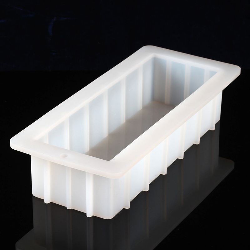 Rectangle Silicone Soap Mold 40 Ounce 10'' Flexible Easy Removal White Loaf Mould