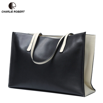 2019 New Women's simple single shoulder fashion women's bag Europe and the United States large Panelled bump Lady bag