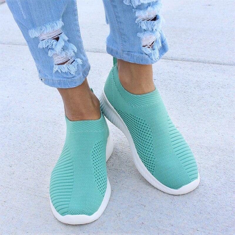Женские кроссовки из сетчатого материала; мягкая женская трикотажная Вулканизированная обувь; повседневная женская обувь на плоской подошве без застежки; прогулочная обувь; Прямая поставка