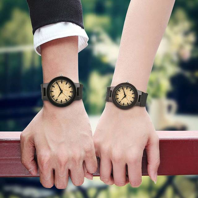 Couple Watches Dark Bronw Case Yellow Dial Wooden Watch Modern Bamboo Quartz-watch Hand-made Wooden Watches Soft Leather Band 1